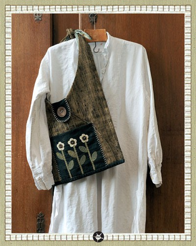 Heart to hand book - Kathi Campbell - tote bag