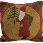 Quilts and Rugs – polly minick – laurie simpson – Santa Pillow