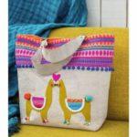llama love-012SMODERN_63
