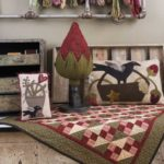 Seasons at Buttermilk Basin - Ete-Summer patterns-Coussin de porte-Pillow Tuck_Quilt fraises-Strawberry Patch Quilt_Coussin-basket pillow_hooked rug
