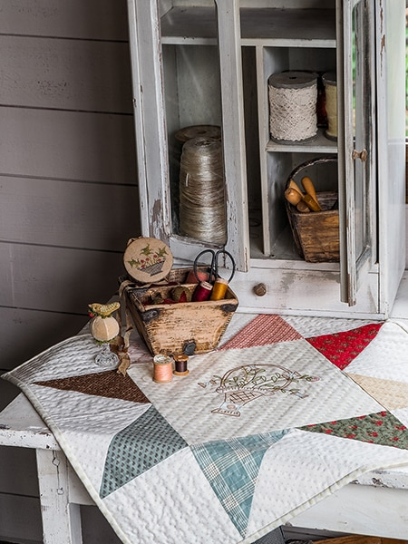 a-stitchers-basket-printemps-simply-vintage-30