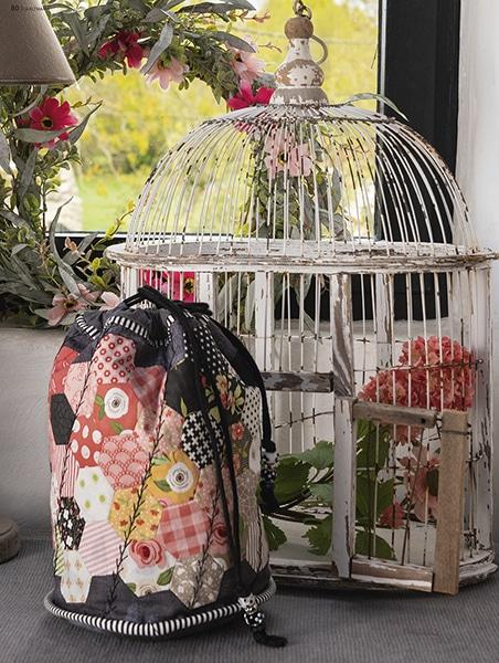 Hexagon-bag-lisa-debee-schiller-quilt-patchwork-magazine-quiltmania-131-maijuin2019