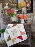 A-stitchers-basket-Tracy-Souza-quilt-patchwork-magazine-simply-vintage-31-June-July-August-2019