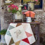 A-stitchers-basket-Tracy-Souza-quilt-patchwork-magazine-simply-vintage-31-June-July-August-2019