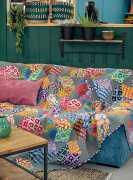 Artisan-Floating-Blocks-Kaffe-Fassett-quilt-patchwork-magazine-simply-moderne-17-june-july-august-2019