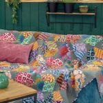Artisan-Floating-Blocks-Kaffe-Fassett-quilt-patchwork-magazine-simply-moderne-17-june-july-august-2019