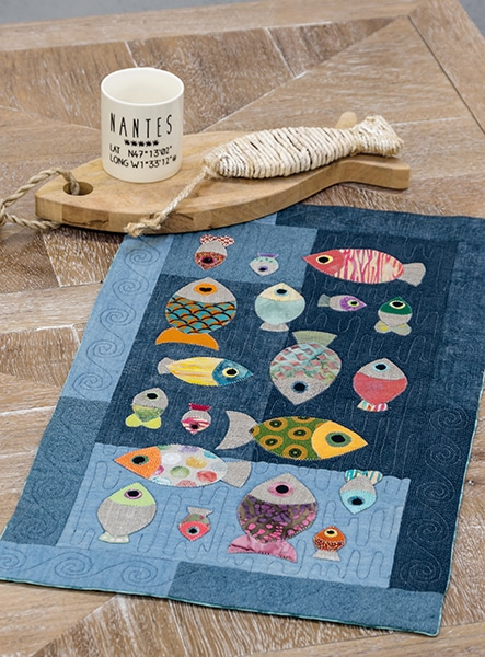 Danslamer-ilya-des-poissons-Carole-Massard-quilt-patchwork-magazine-simply-moderne-17-juin-juillet-août-2019