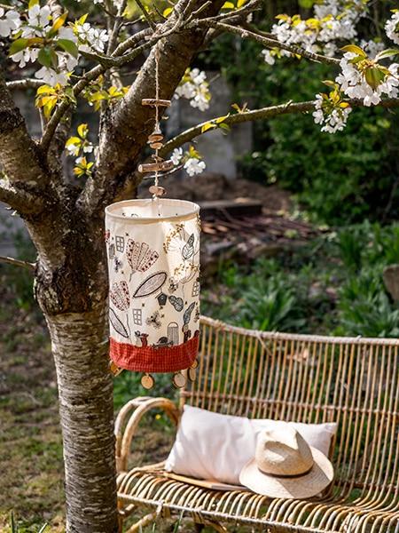 Lantern-Blandine-Delépine-quilt-patchwork-magazine-simply-vintage-31-June-July-August-2019