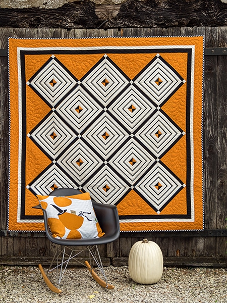 I-put-a-spell-on-you-coussin-quilt-magazine-simply-moderne-numéro-18-automne-2019