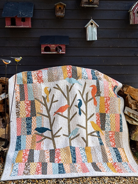 Blue-Jay-Way-Abbey-Lane-Quilts_quiltmania_mars_avril_2020