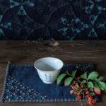 Etsuko-Ishitobi-The story of a rebirth-Set de table simple