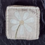 Jo-Colwill-Cowslip-Country-Quilts-Pointer or daisy pie crust pin cushion 2