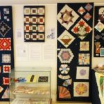 American quilts exhibition - picture of traditionnals blocks and tools