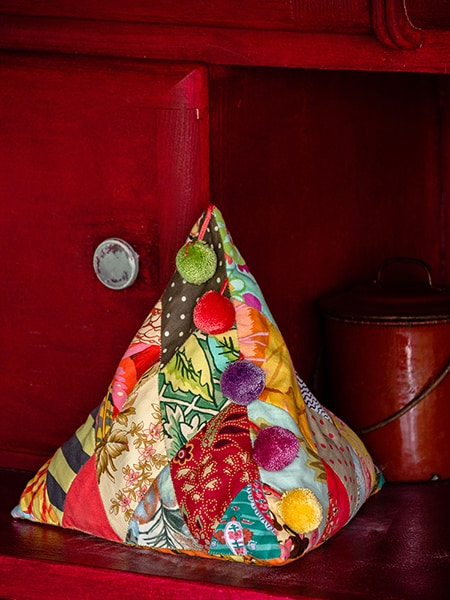 15 - Carol 's Diamond Doorstop- - Brigitte Giblin - Feathering the Nest 3