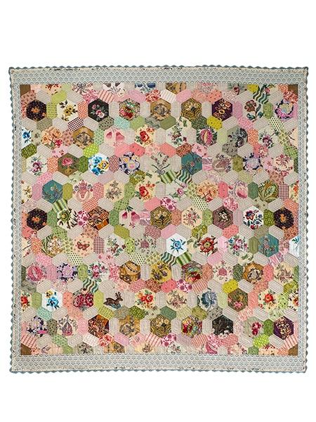 Hexagon-I-Spy-Quilt-Brigitte-Giblin-detoure