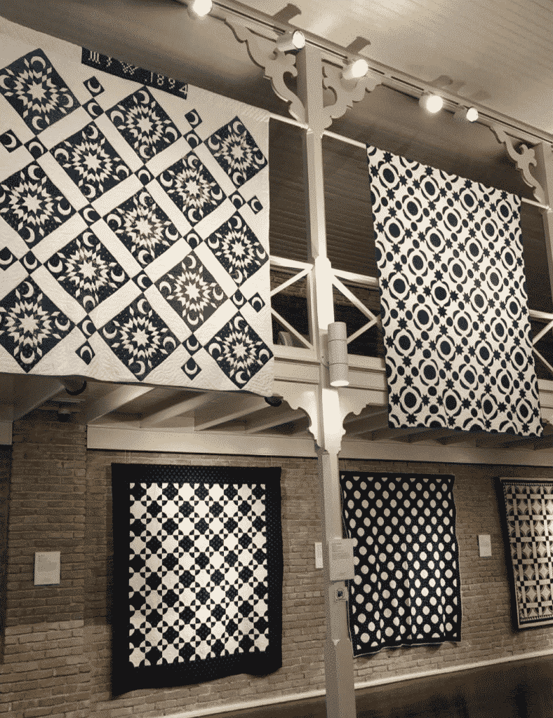 quilts - Mama's got the blues exhibition