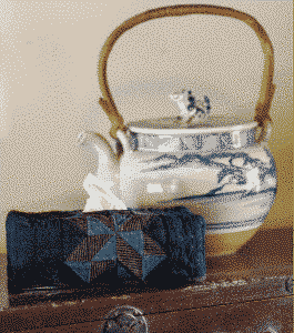 housse boîte à mouchoirs sashiko - Etsuko Ishitobi