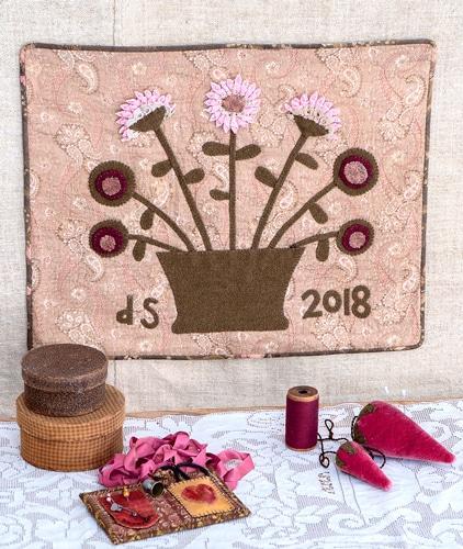 Simply-Vintage-38-Dolores-Storm-Pink-Flowers-Amb-BD