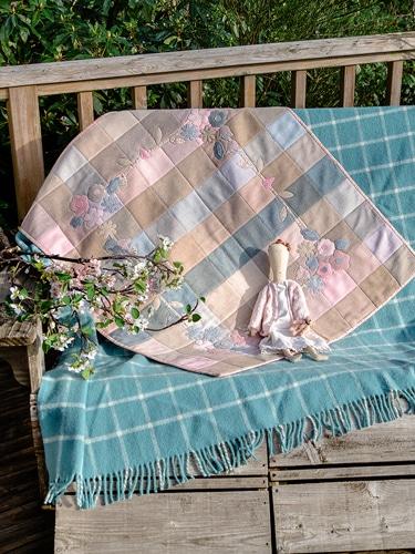 Simply-Vintage-38-Mellow-Spring-Margaret-Lee-Amb-BD